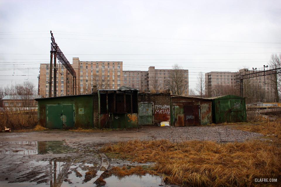 Временные сооружения на улице Космонавтов