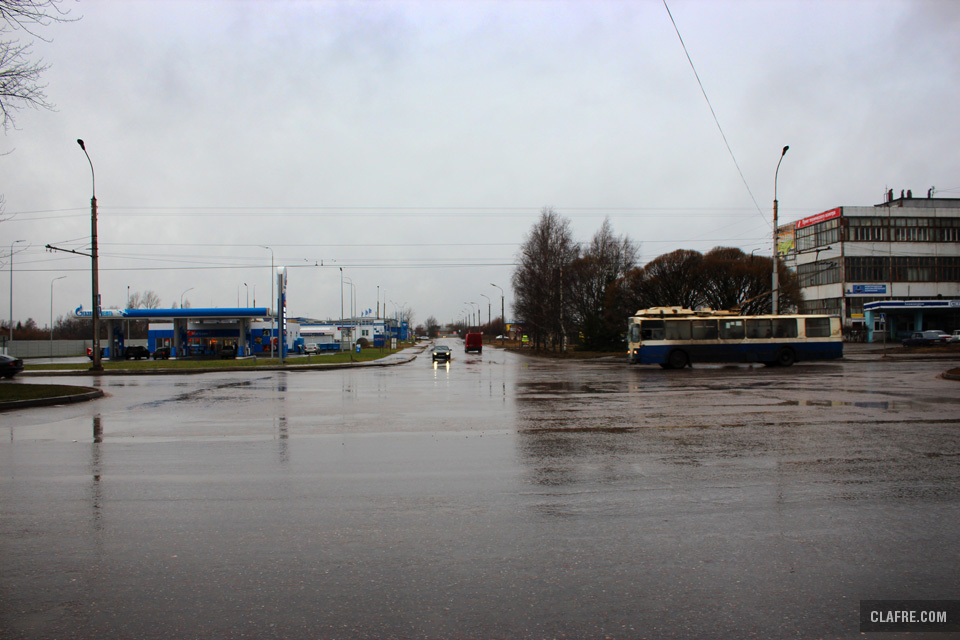 Пересечение Радищева и Санкт-петербургской улиц