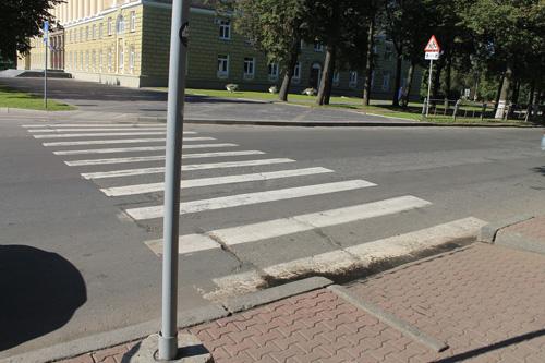В Великом Новгороде совершенно прекрасные спуски с дорог