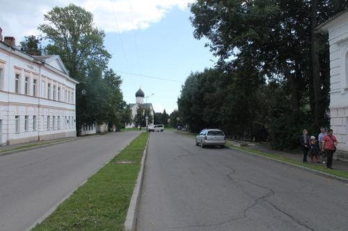 В Великом Новгороде улицы пустынны
