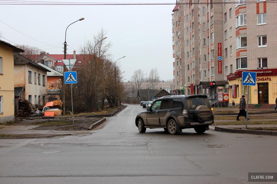 Зелёная улица с Большой Московской улицы