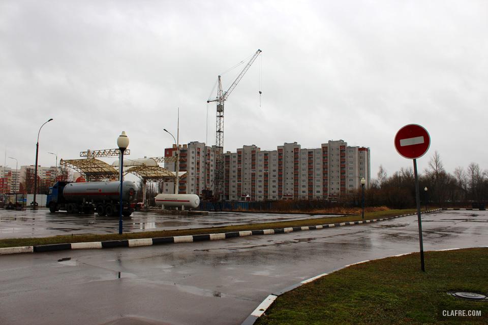 Новостройки между Радищева и Сенной улицами