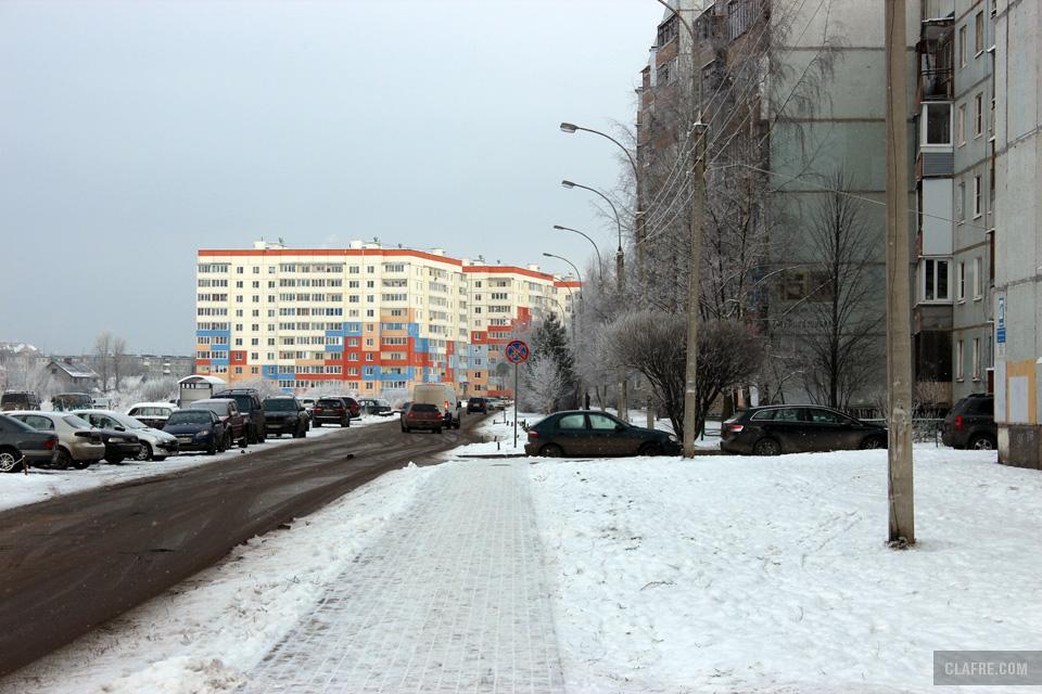 Тротуар на улице Коровникова