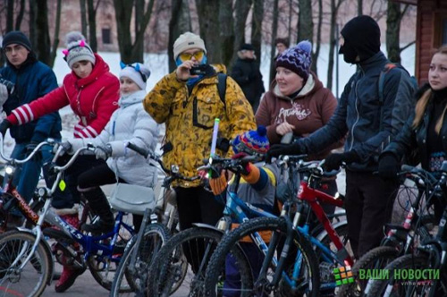 Велосипедистам законодательно разрешили ездить по тротуарам