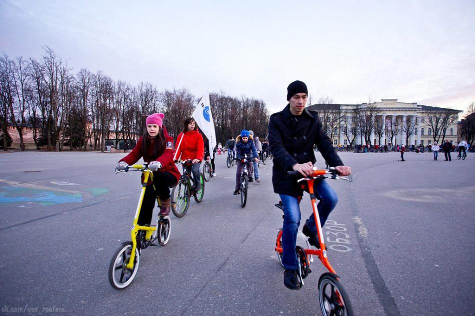 «Велосветлячки» на компактных велосипедах