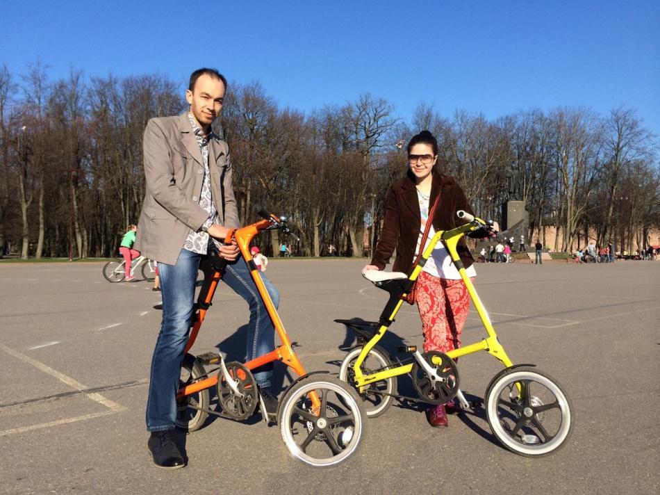 На компактных велосипедах по Великому Новгороду
