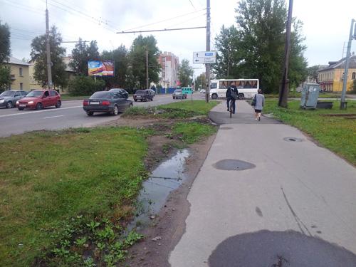 Тротуар на месте демонтированного ж/д переезда