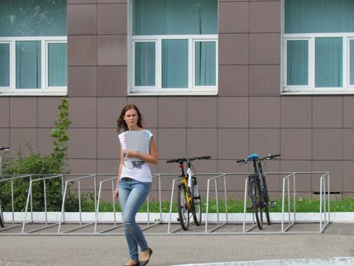 Велопарковка у НовГУ рассчитана всего на 20 велосипедов