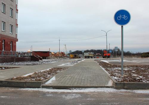 Велодорожка в Великом Новгороде сразу после строительства