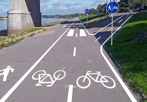 Разумный вариант организации велосипедного движения на нижнем ярусе набережной Невского в Великом Новгороде