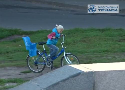 Новая разметка на набережной Александра Невского не очень понравилась новгородским велосипедистам