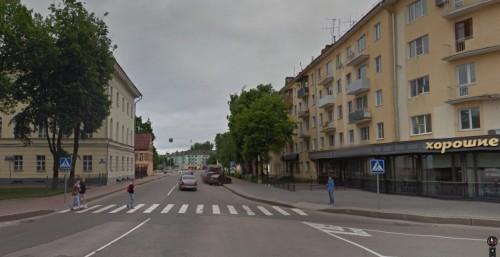 Выезд с Софийской площади на улицу Мерецкова-Волосова в настоящее время