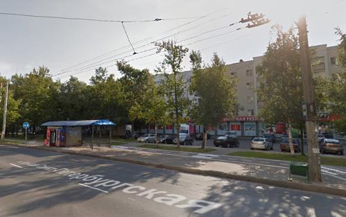 Предложения за автобусными остановками на Большой Санкт-Петербургской