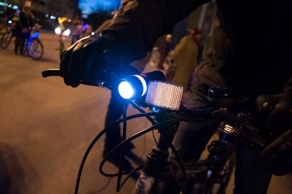 Световые приборы на велосипеде
