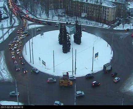 Обрыв контактной сети на площади Строителей