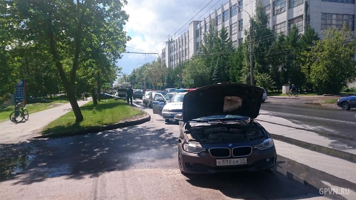 ДТП на Большой Санкт-Петербургской улице