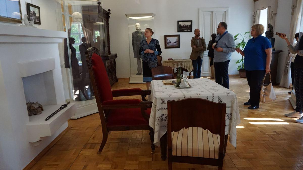 В музее «Братья Карамазовы»
