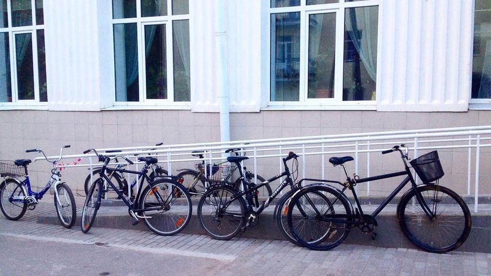 Велосипеды у «Диалога»