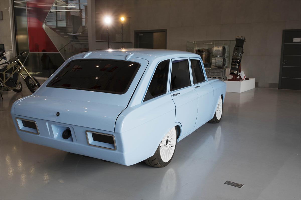 Электромобиль CV-1