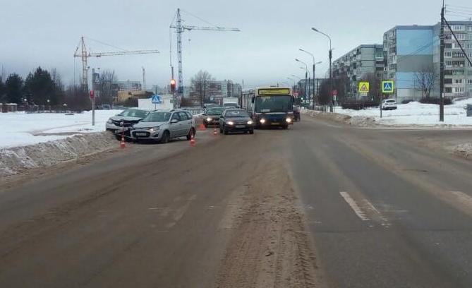ДТП на улице Кочетова