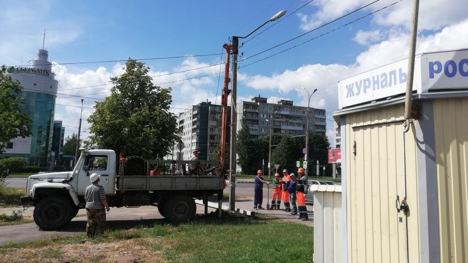 Освещение на улице Попова