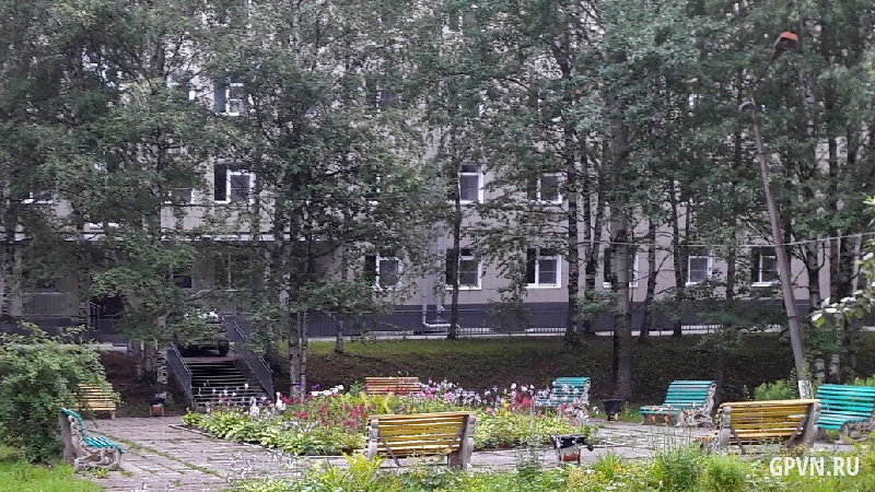 Площадка перед роддомом