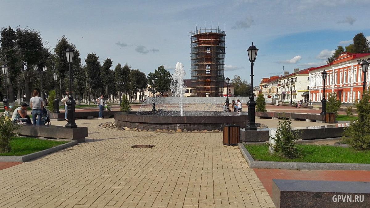 Фонтан и водонапорная башня