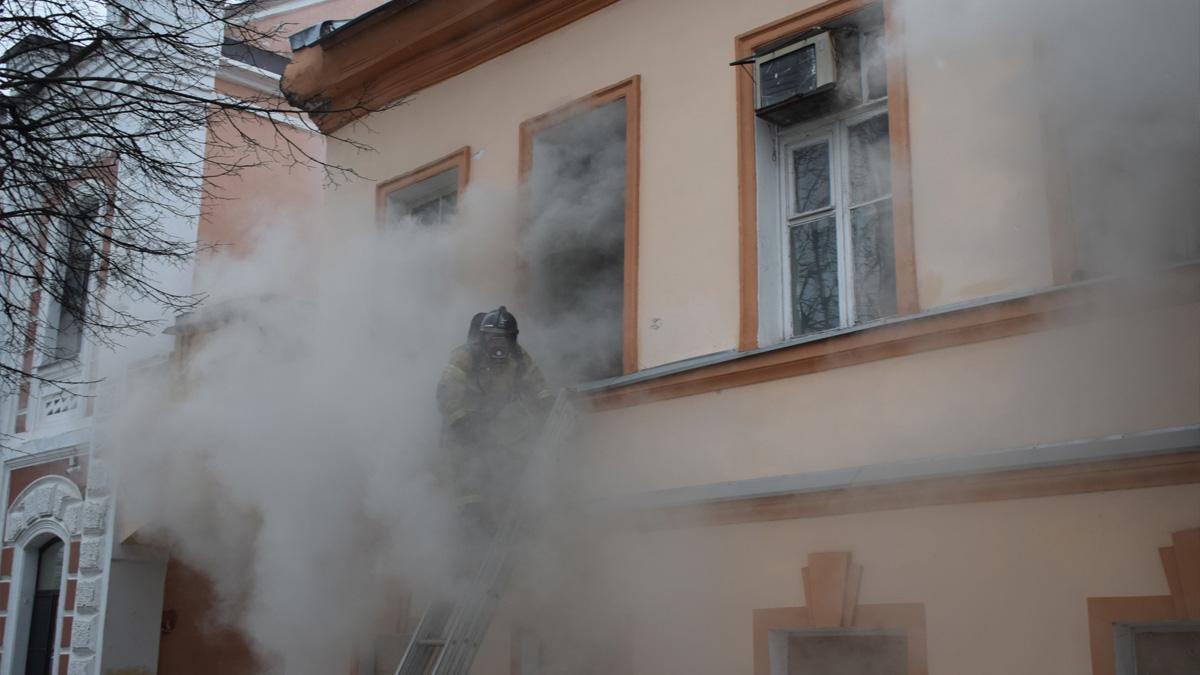 Пожар в доме Сметанина
