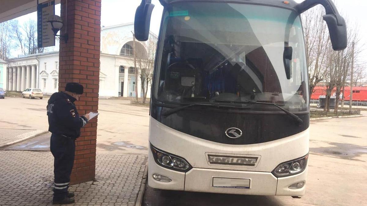 Автобус с пьяным водителем