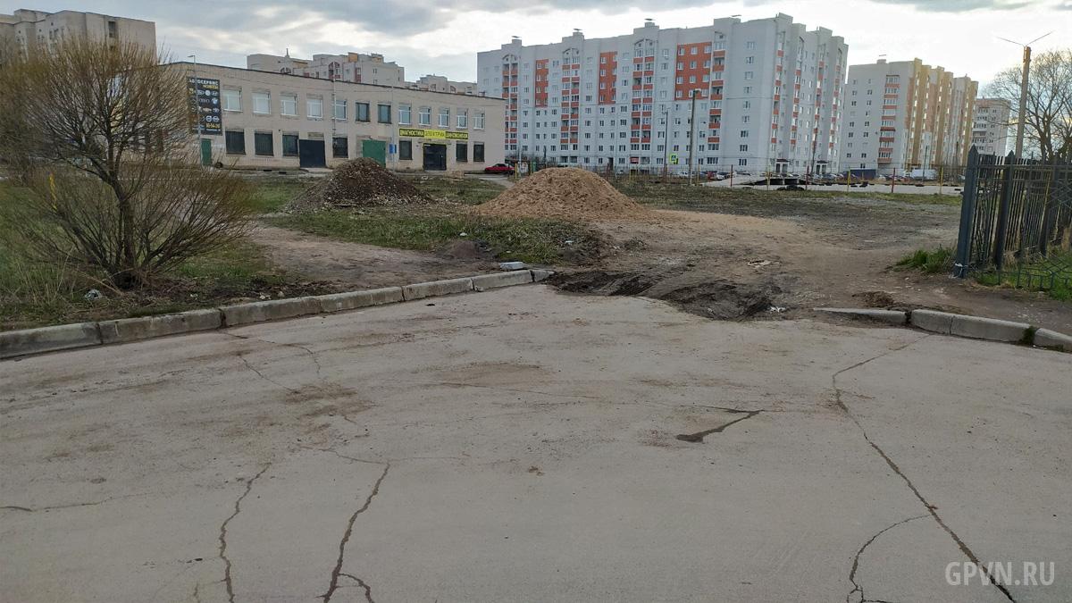 Вид в сторону дома 30 по улице Кочетова