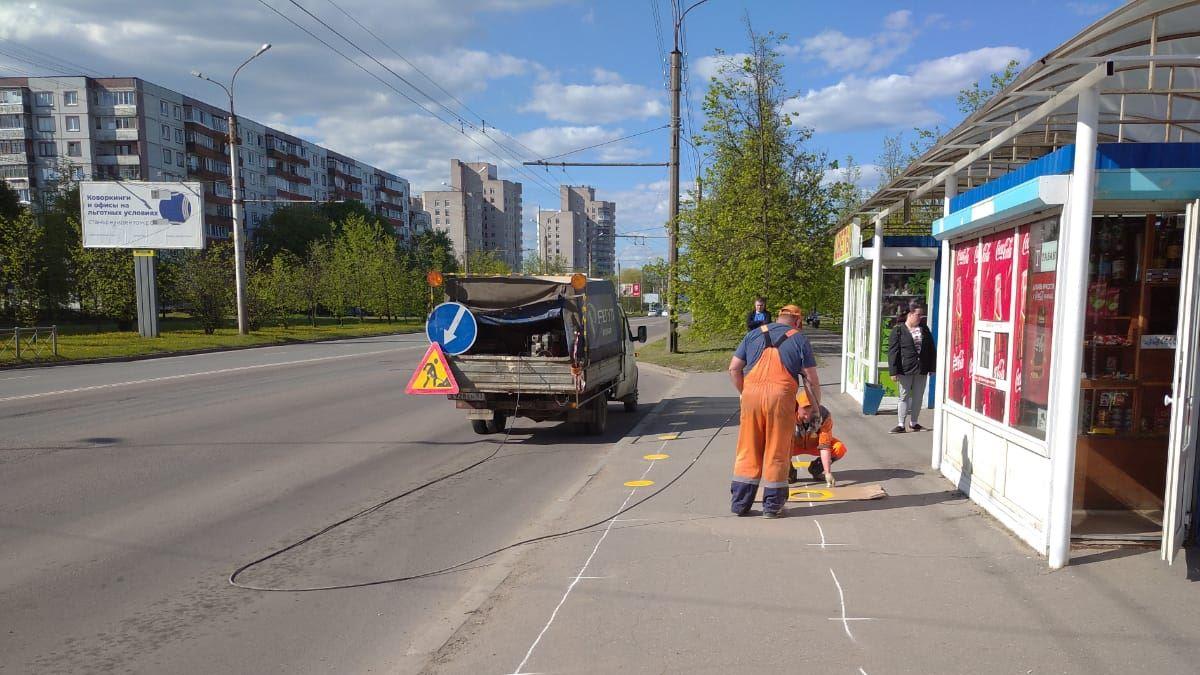 Разметка на автобусной остановке