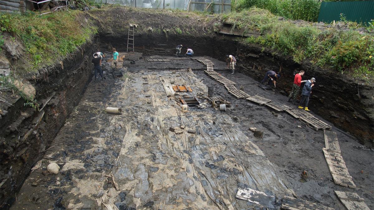 Пятницкий раскоп в Старой Руссе
