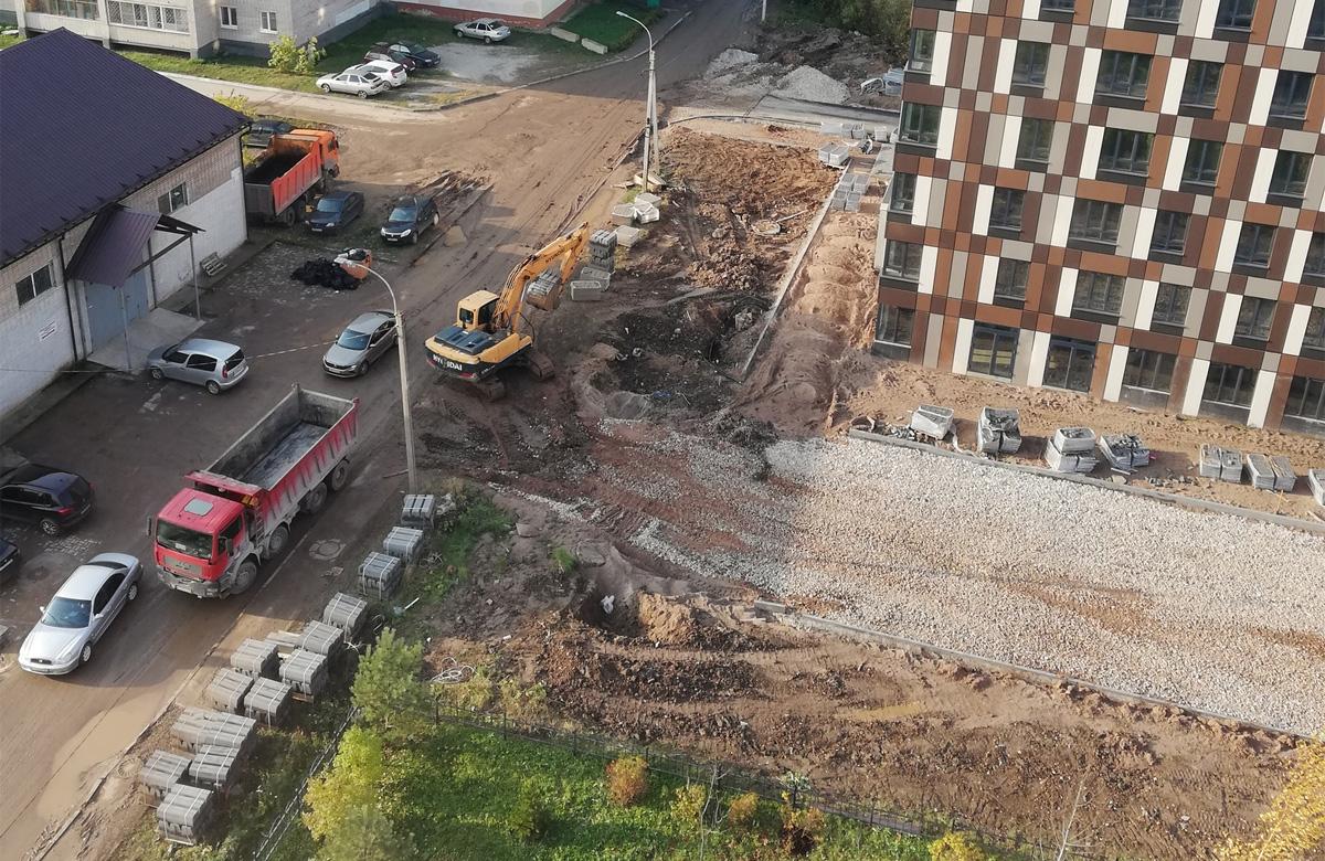 Улица Вересова у новостроек