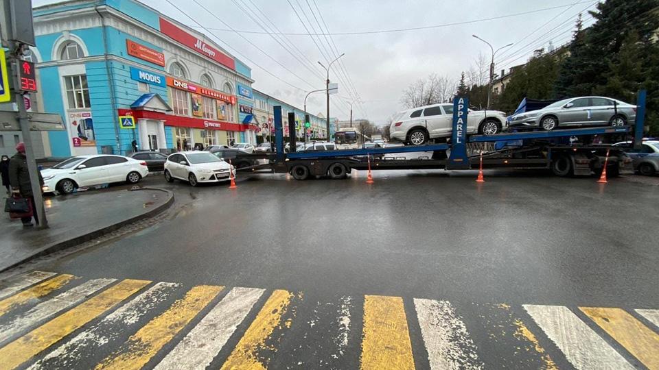 ДТП с автовозом