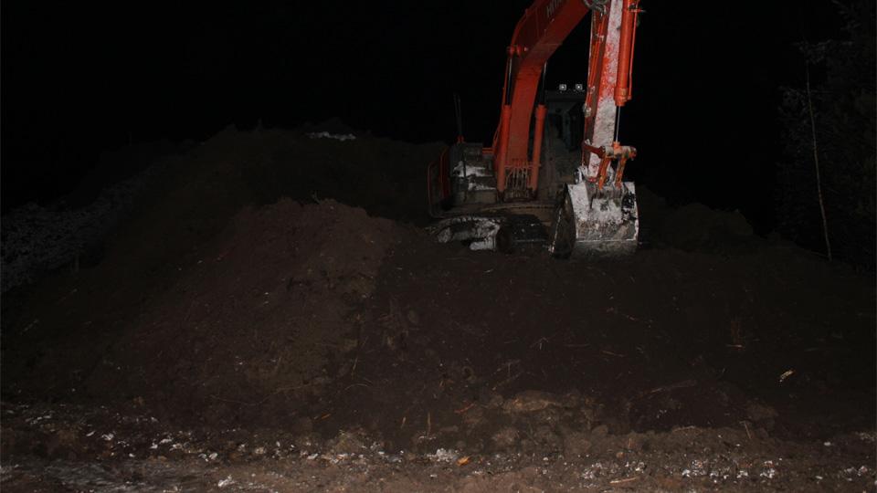 Выемка грунта на месте протечки топлива