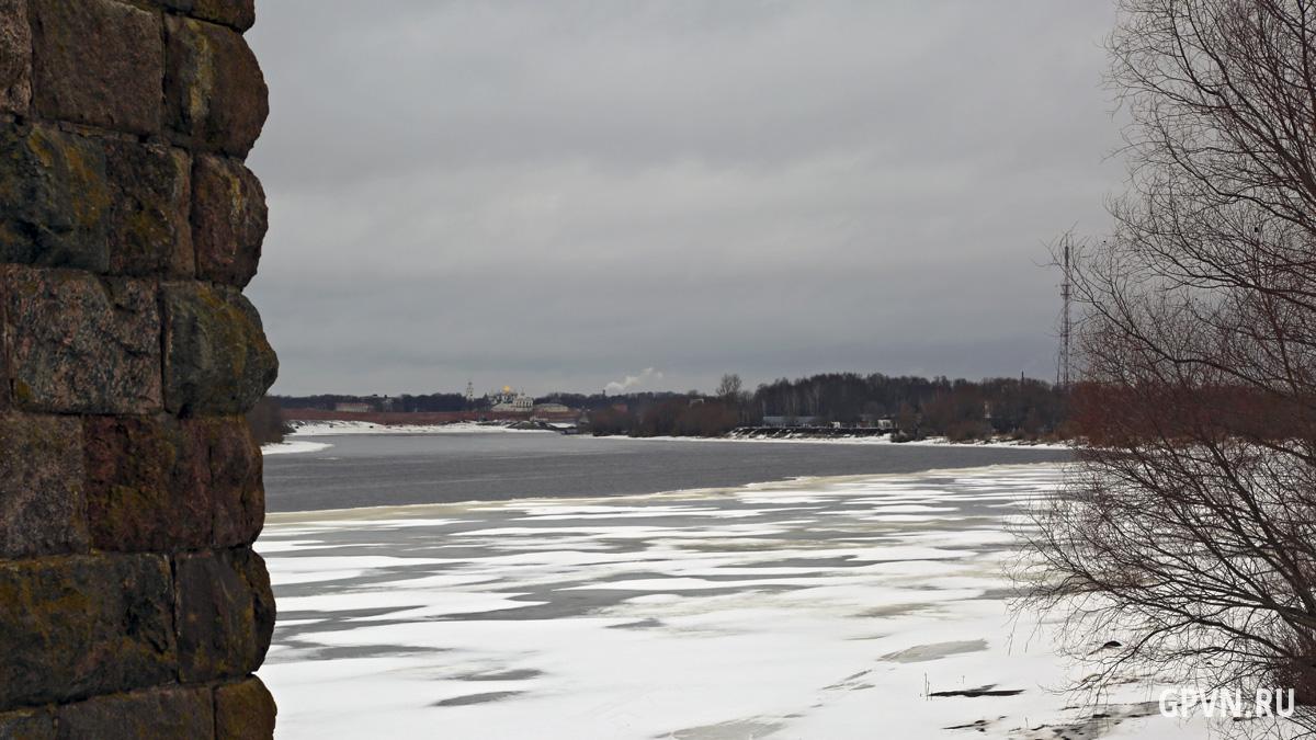 Вид в сторону Новгорода