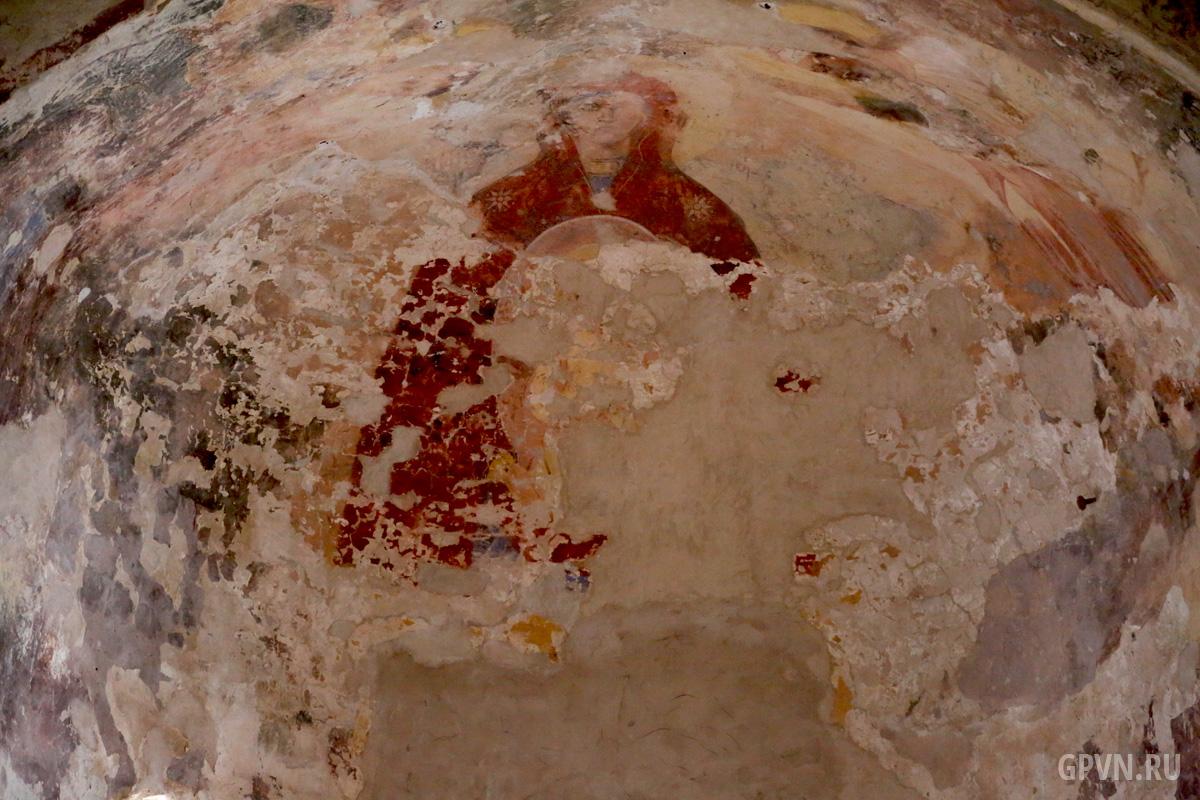Роспись стен храма