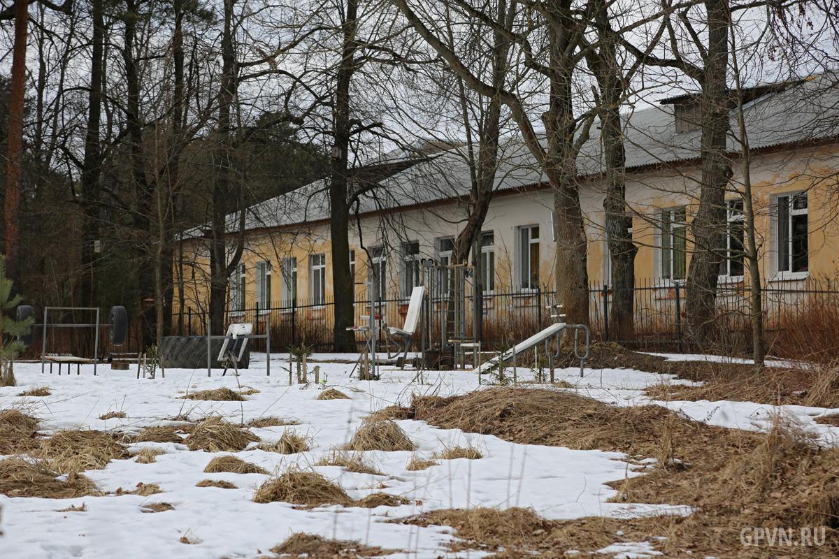 Школа в Волховском