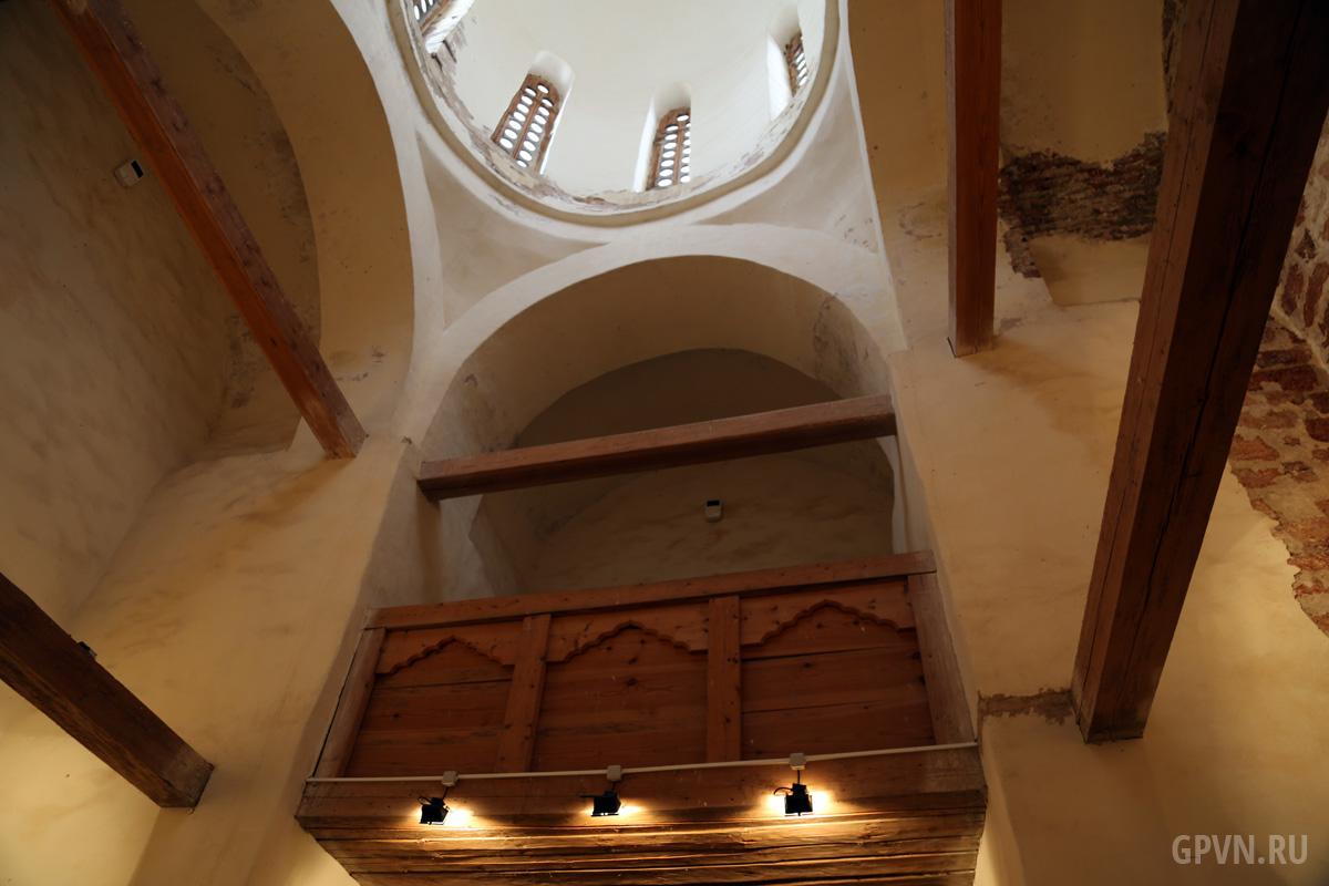 Церковь Спаса на Ковалёве