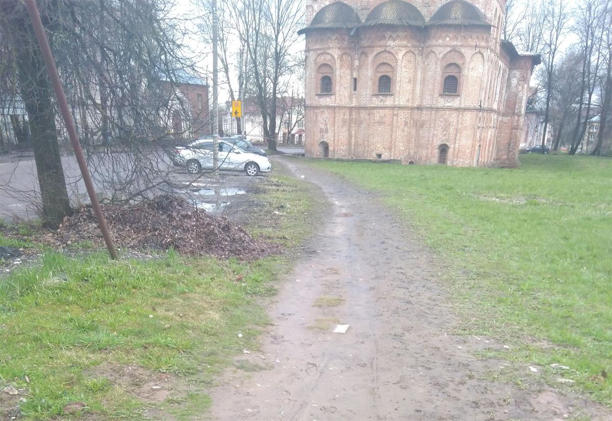 Тротуар на Духовской