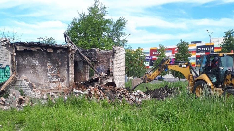 Снос заброшенного здания