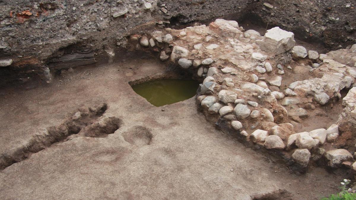 Фундамент храма Бориса и Глеба